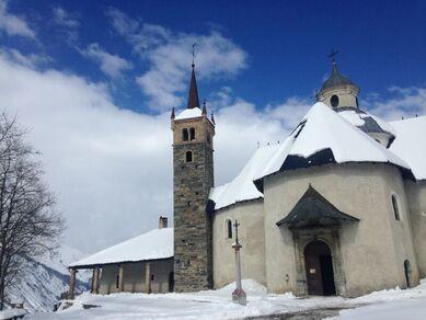 Eveillez vos sens à Notre-Dame de la Vie ! visite guidée dans les Belleville